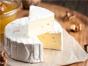 دانشمندان علت بوی نامطبوع پنیر را کشف کردند