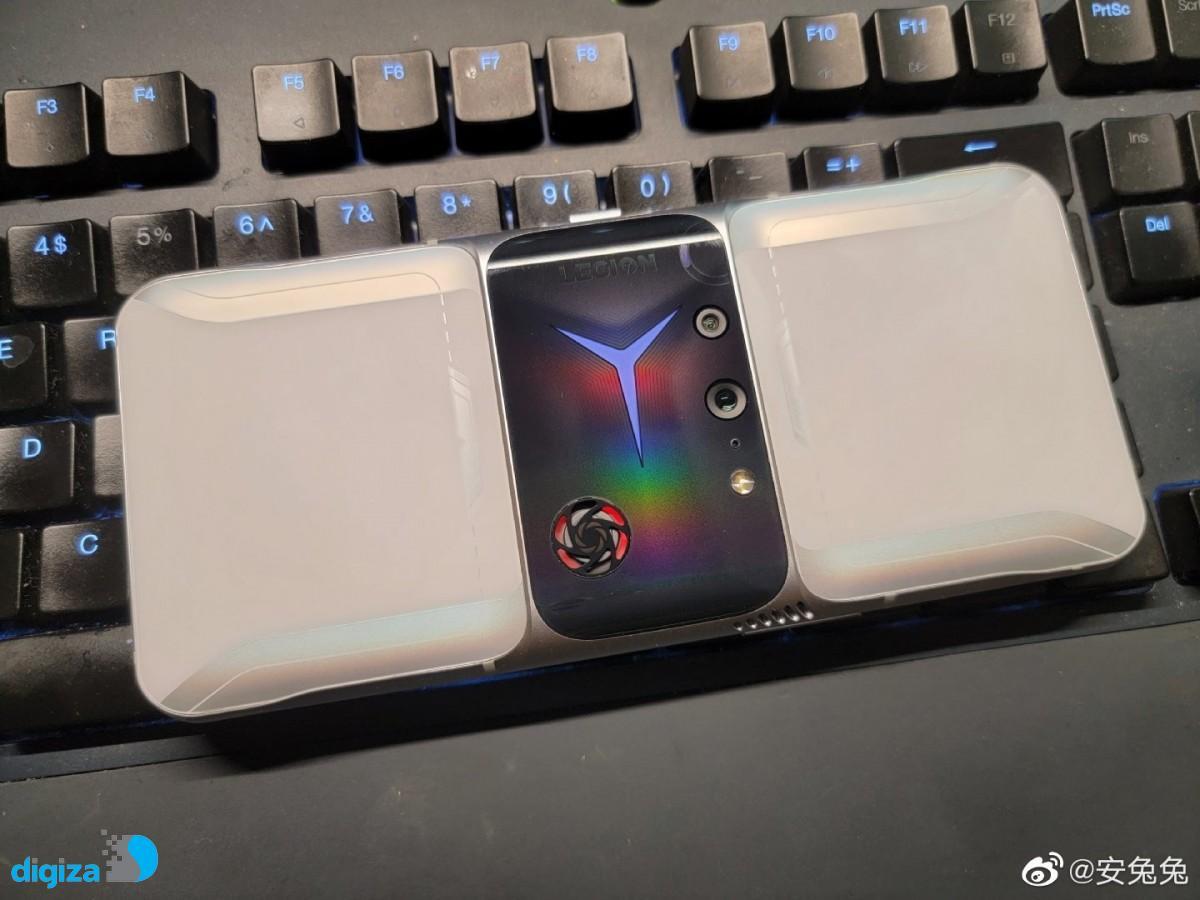 گوشی گیمینگ Legion 2 Pro را با فن و طراحی فوق العاده خاص ببینید